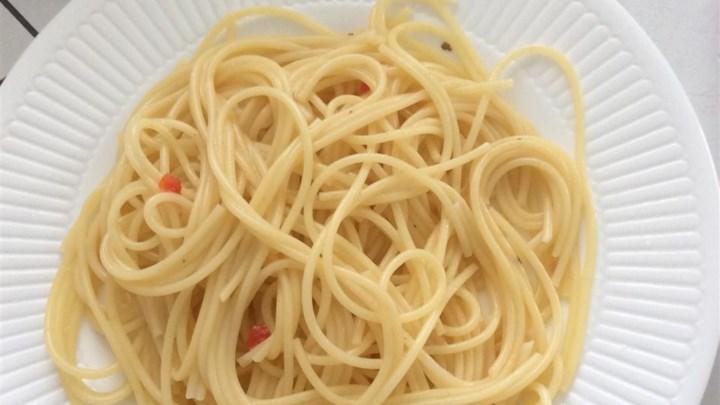 Italian Tomato Pasta Salad