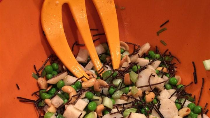Pea, Jicama, and Cashew Salad