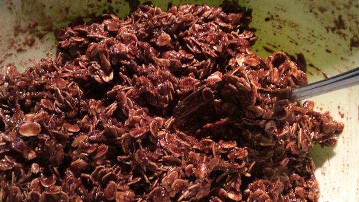 Oatmeal Cocoa Macaroons