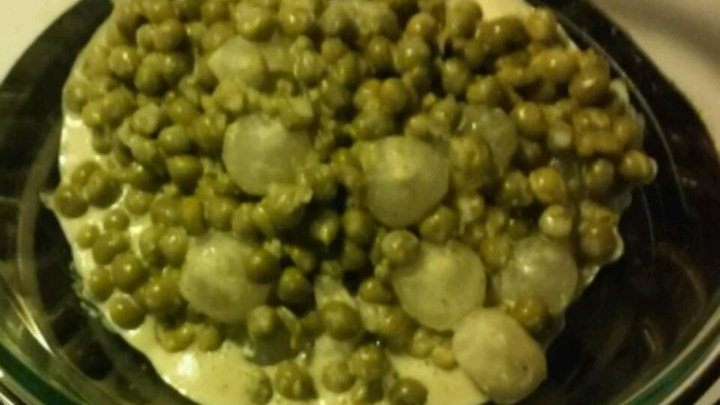 Creamed Onions and Peas