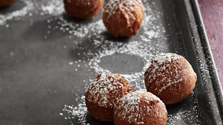 Applesauce Doughnuts
