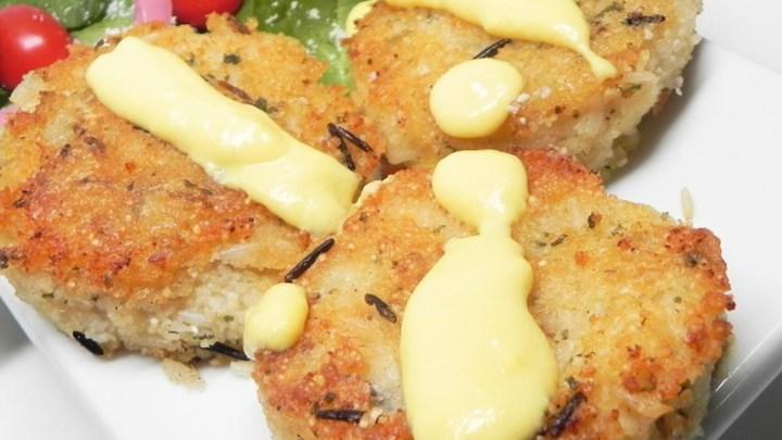 Polenta and Wild Rice Burgers