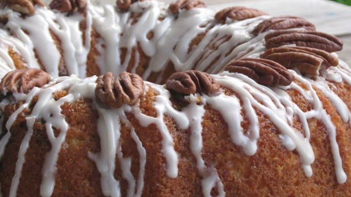 Honey Bun Cake I