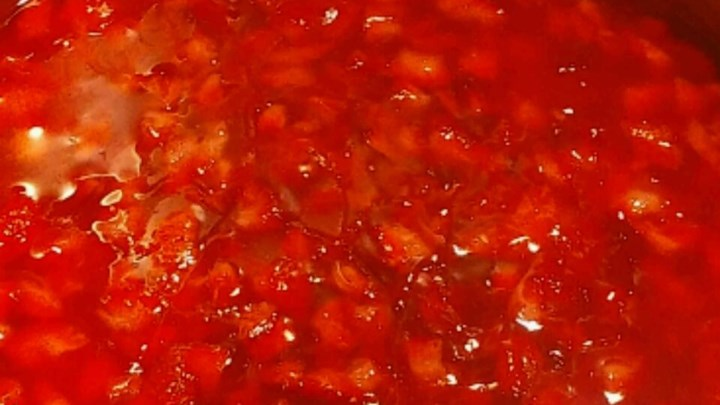 Strawberry Cake Filling