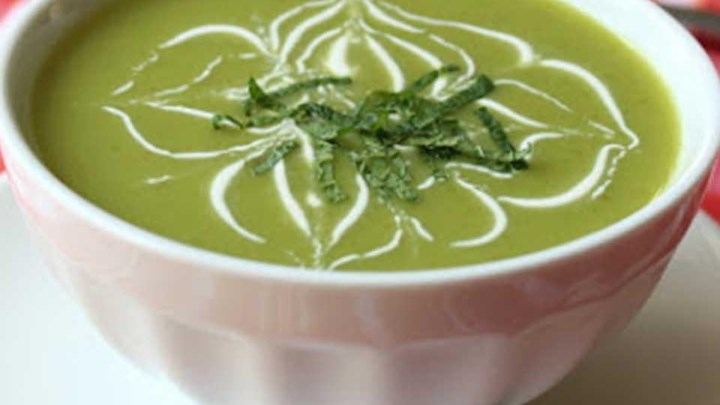 Chilled Sugar Snap Pea Soup