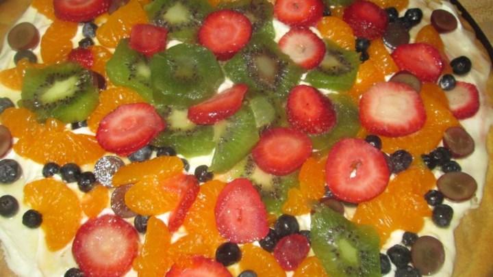 Simple Fruit Pizza