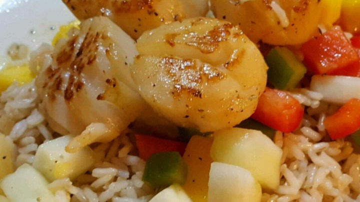 Seared Scallops with Tropical Salsa - Review by ZoeY36918 - Allrecipes ...