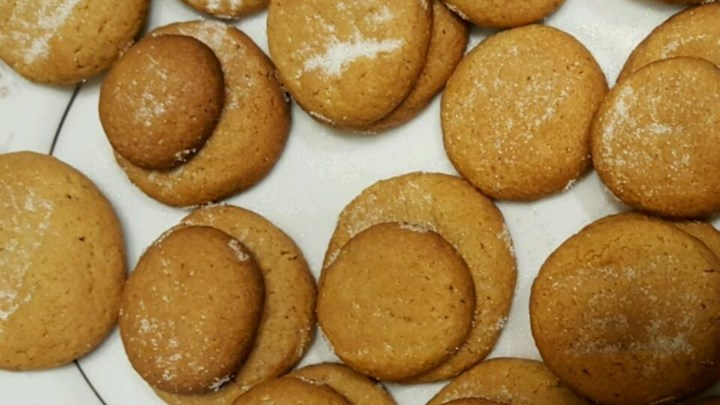 Peanut Butter Cookies from the Forties