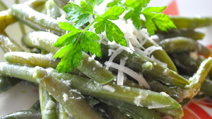 Creamy Green Beans Parmesan