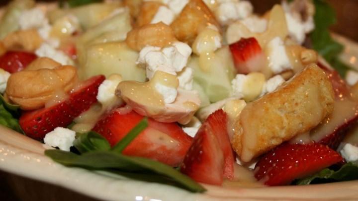 Kim's Spinach Strawberry Salad
