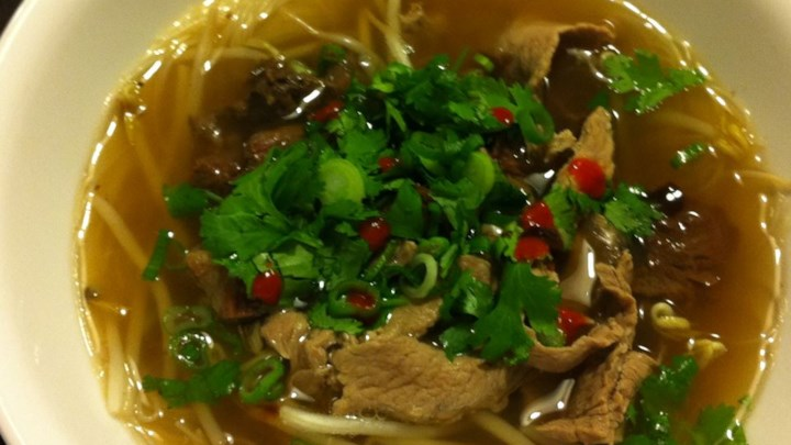 ... pho beef noodle soup steamy kitchen recipes traditional beef pho