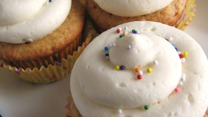 Frosting and Icing Recipes: Quick and Almost-Professional ...
