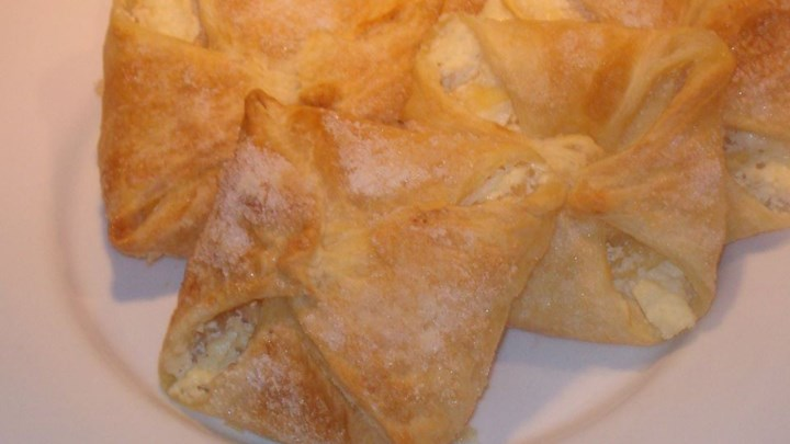 Apple Cheese Danish