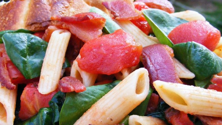 Penne Pasta with Spinach and Bacon