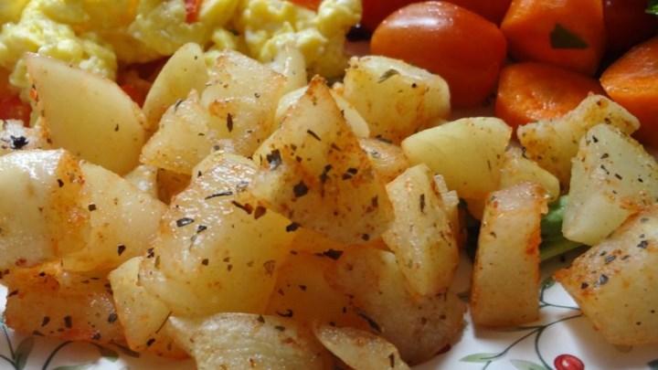 Spicy Potatoes and Scrambled Eggs Recipe - Allrecipes.com