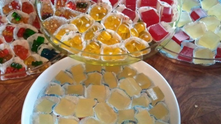 Tart Lemon Drop Jelly Shots
