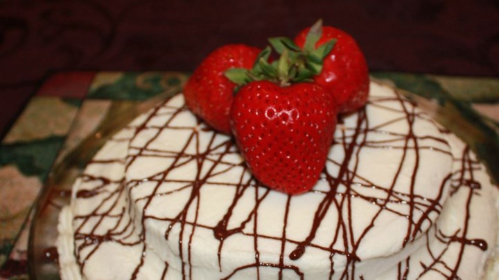 Byron's Delicious Strawberry Cake