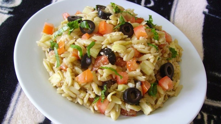 Orzo Tomato Artichoke  Salad