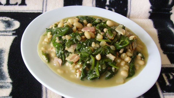 Navy Beans and Greens with Bacon and Garlic