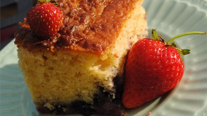 Berry Cornmeal Cake