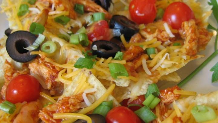 Restaurant Style Chicken Nachos