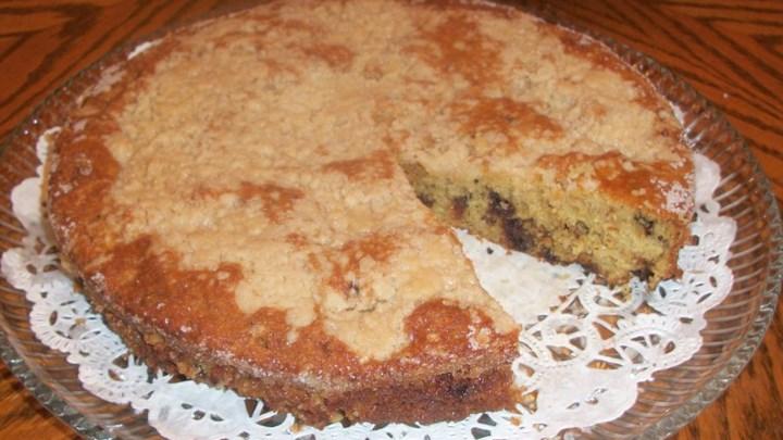 Date Crumb Cake