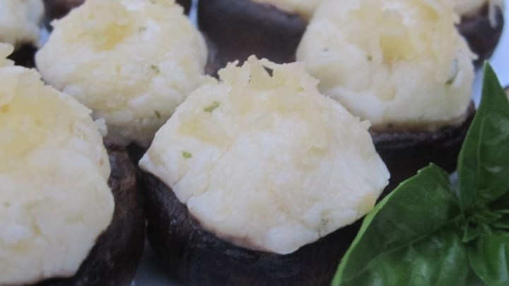 Garlic Herb Cheese Stuffed Mushrooms