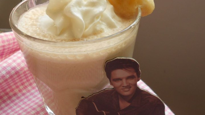Elvis Smoothie (Almond and Banana)