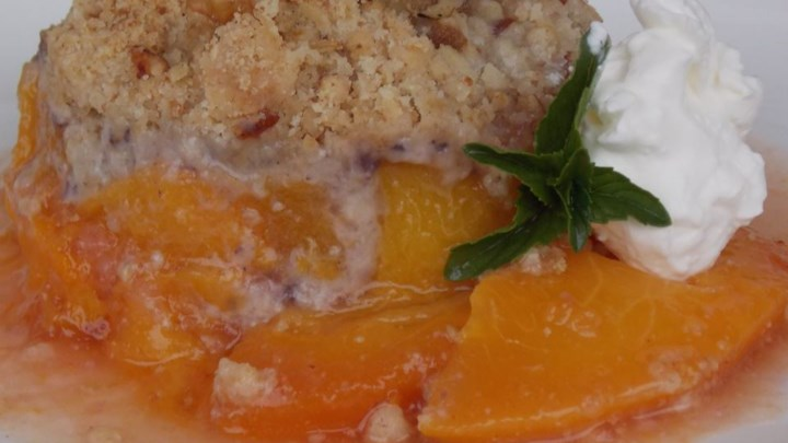 Peach Crisp with Oatmeal-Walnut Topping