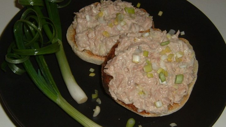 Sushi-Inspired Tuna Salad