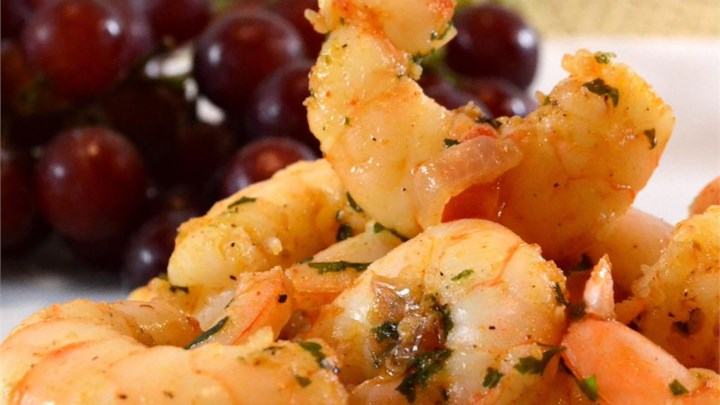 Sizzling Sherry Shrimp with Garlic