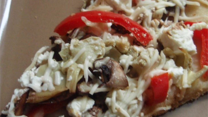 Portobello Mushroom, Fresh Peppers and Goat Cheese Pizza