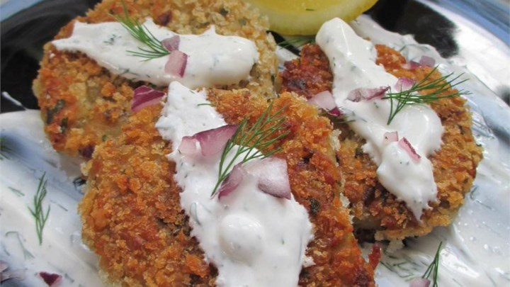 Falafels with Yogurt-Dill Sauce