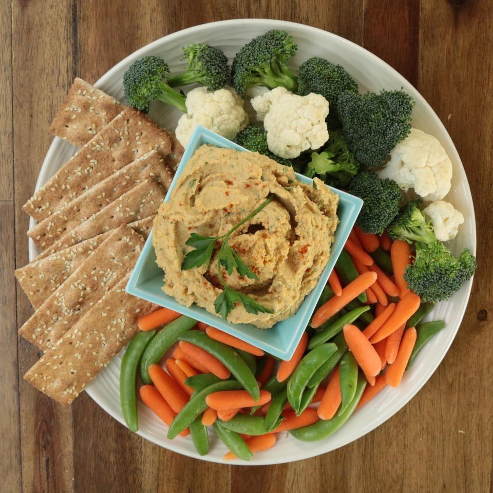 Vegitarian Dinner Ideas: Roasted Garlic Hummus Recipe