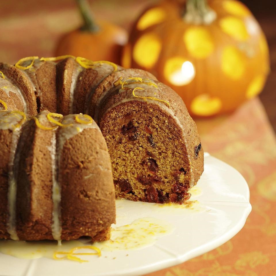 Pumpkin Cake with Dried Cranberries