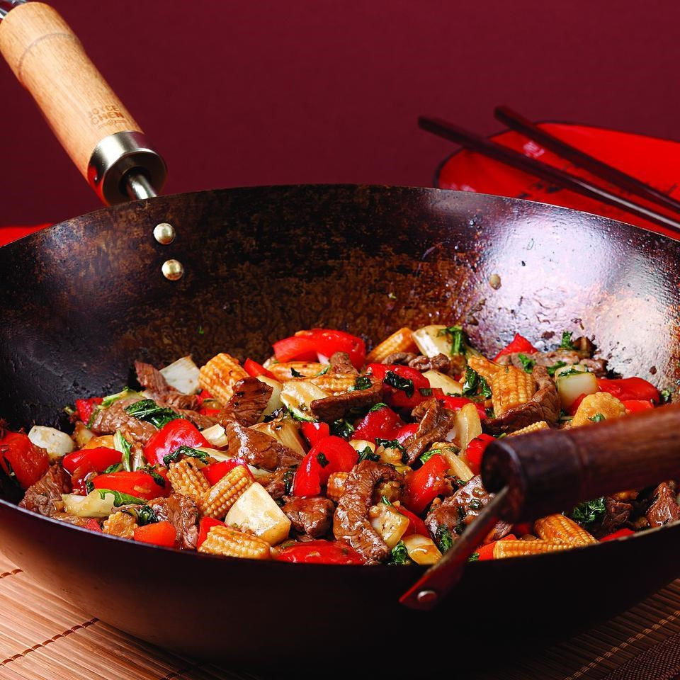 Beef Amp Red Pepper Stir Fry Recipe Eatingwell