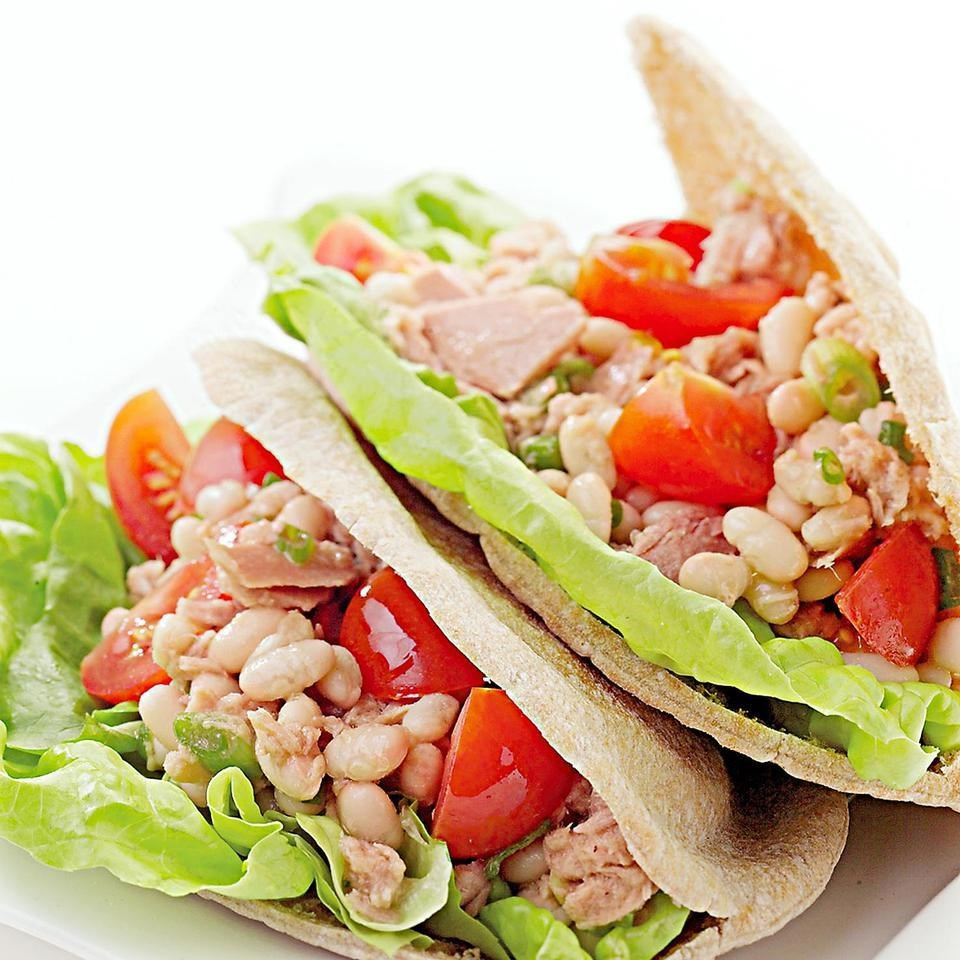 Tuscan style tuna salad recipe eatingwell for Salas lunchs