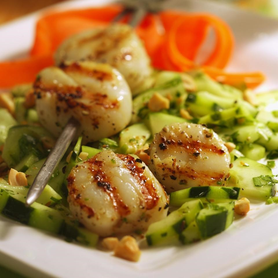 Chile-Crusted Scallops With Cucumber Salad Recipe