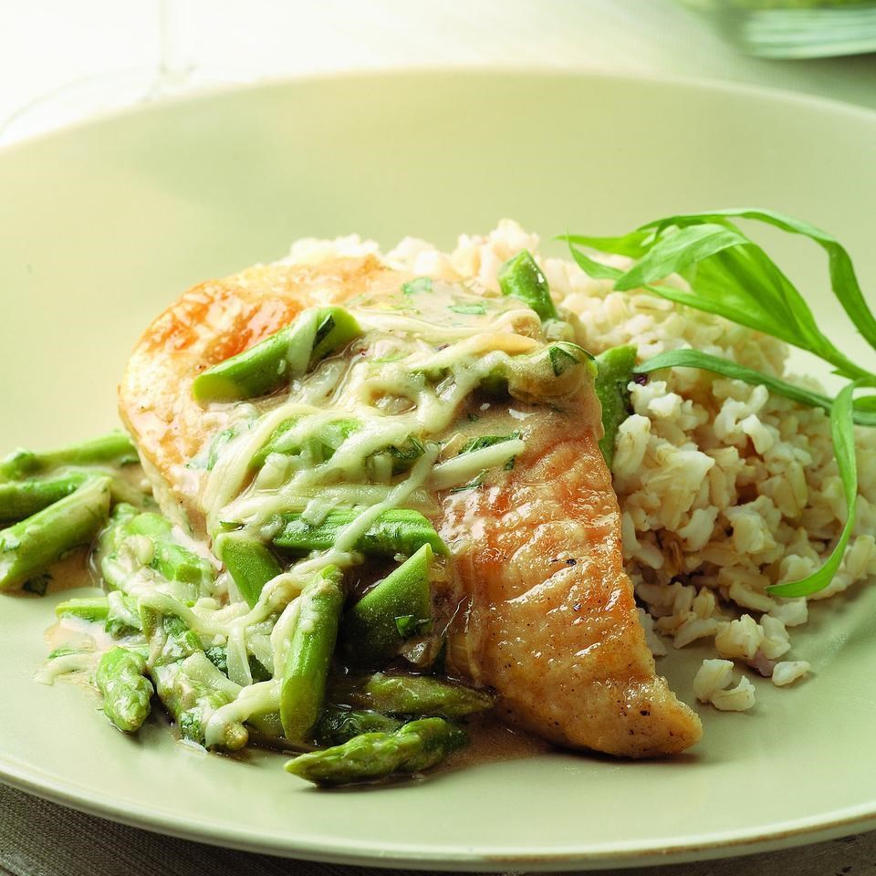 Chicken & Asparagus with Melted Gruyere Recipe