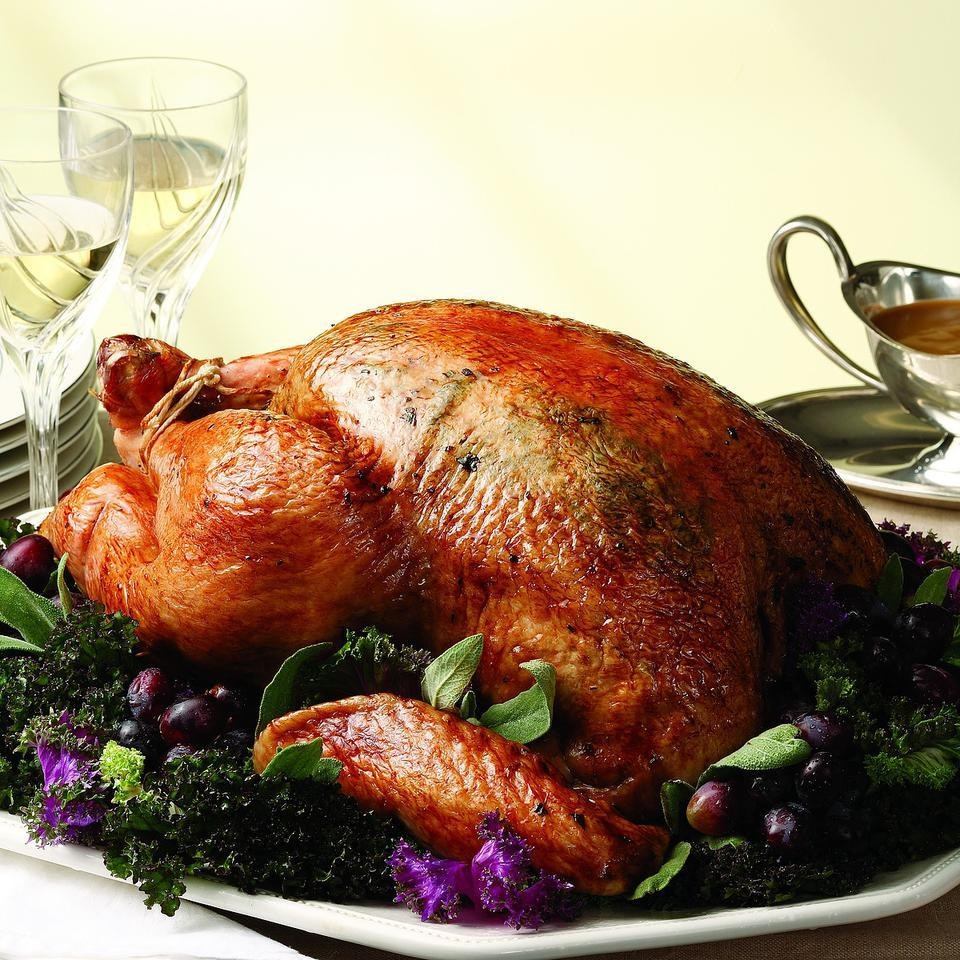 Apple-Shallot Roasted Turkey with Cider Gravy Recipe ...