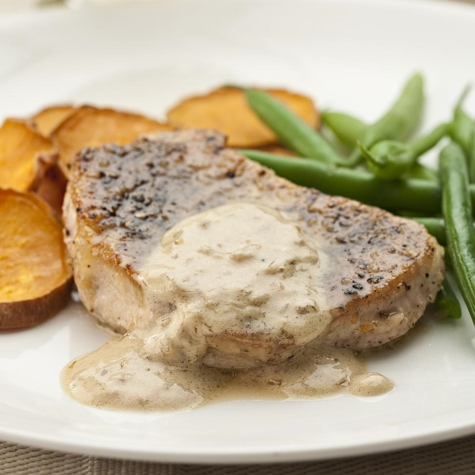 Pork Chops au Poivre Recipe - EatingWell