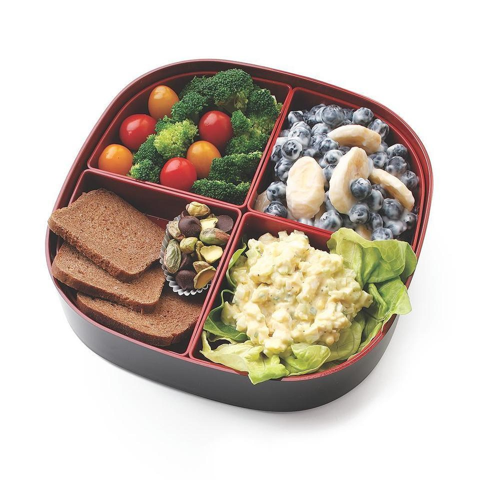Egg salad bento lunch recipe eatingwell for Salas lunchs