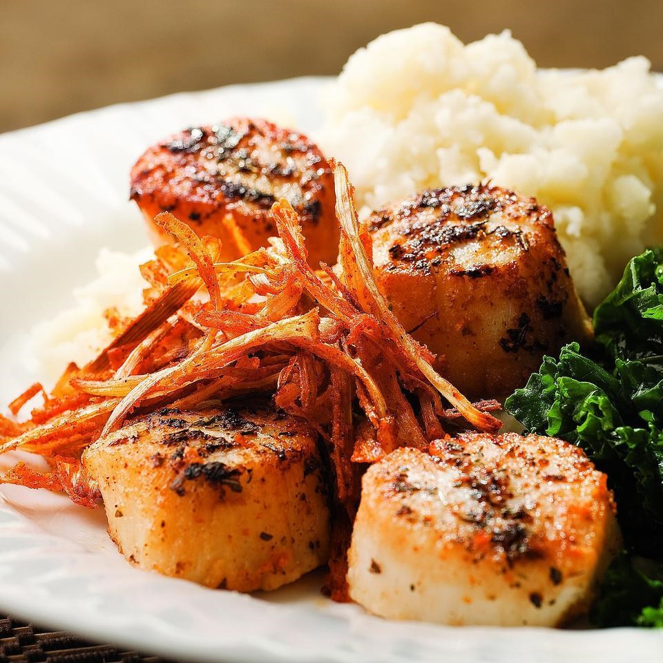 Seared Scallops with Crispy Leeks