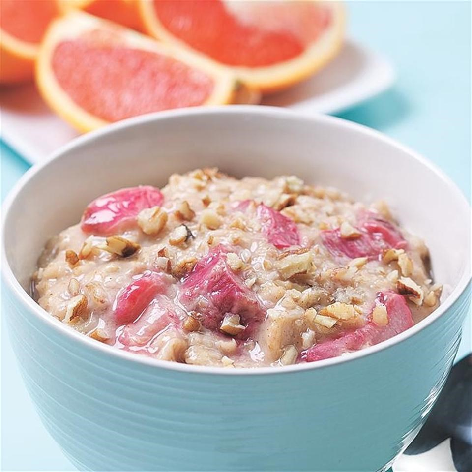 Oatmeal-Rhubarb Porridge | Cook These Healthy Oatmeal Recipes! And Be A Better Version of You!