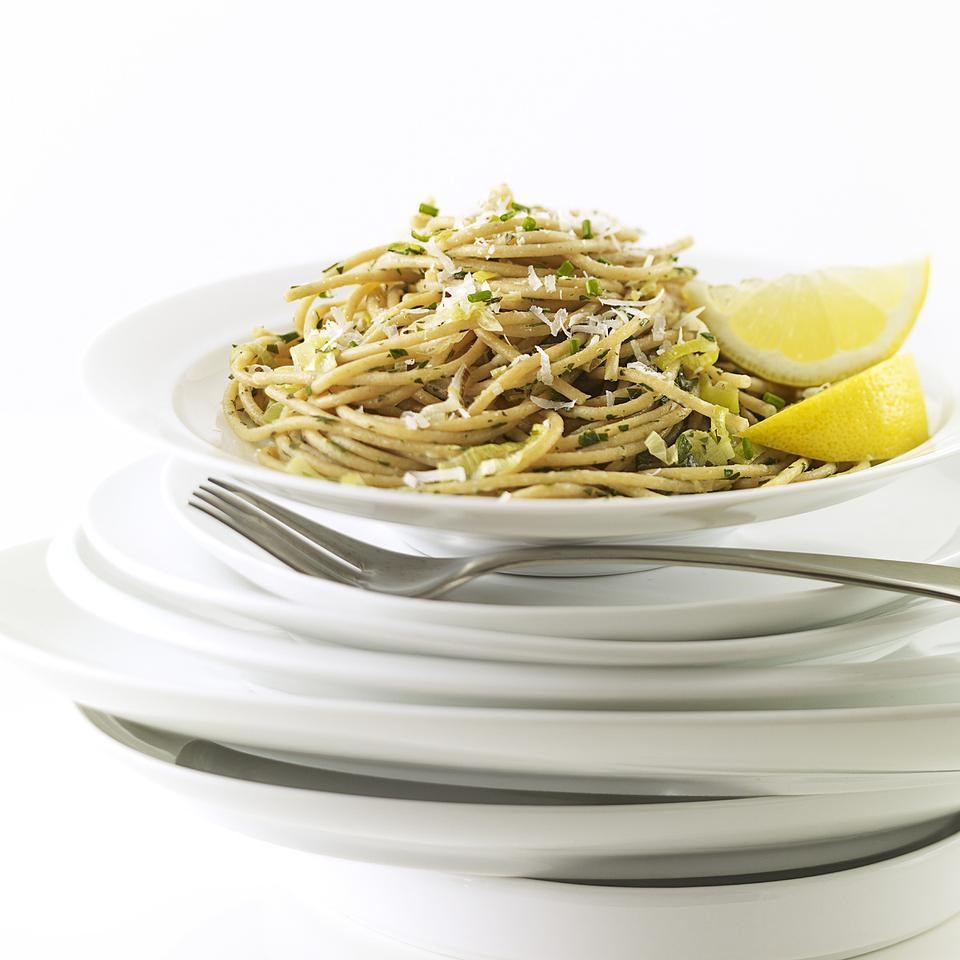 leek lemon linguine recipe eatingwell