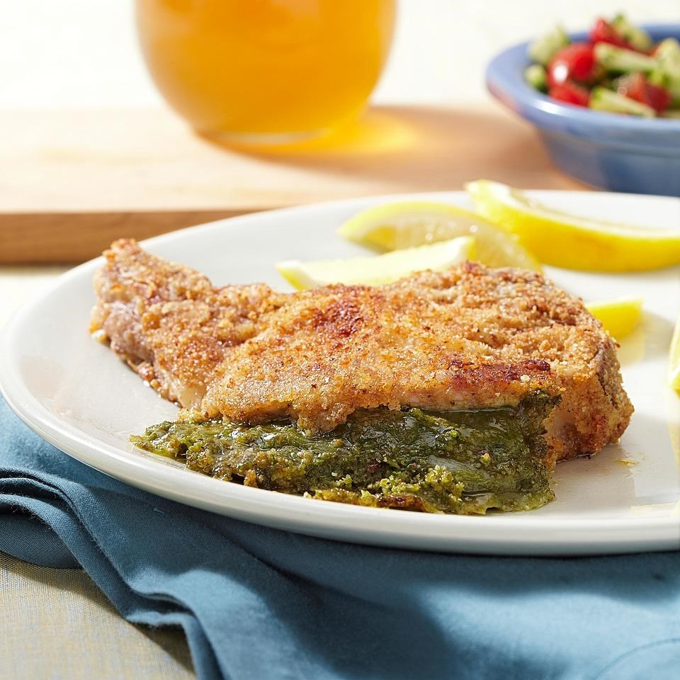Pesto & Mozzarella Stuffed Pork Chops