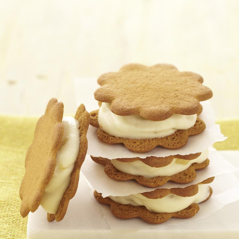 Double Ginger Frozen Yogurt Sandwiches