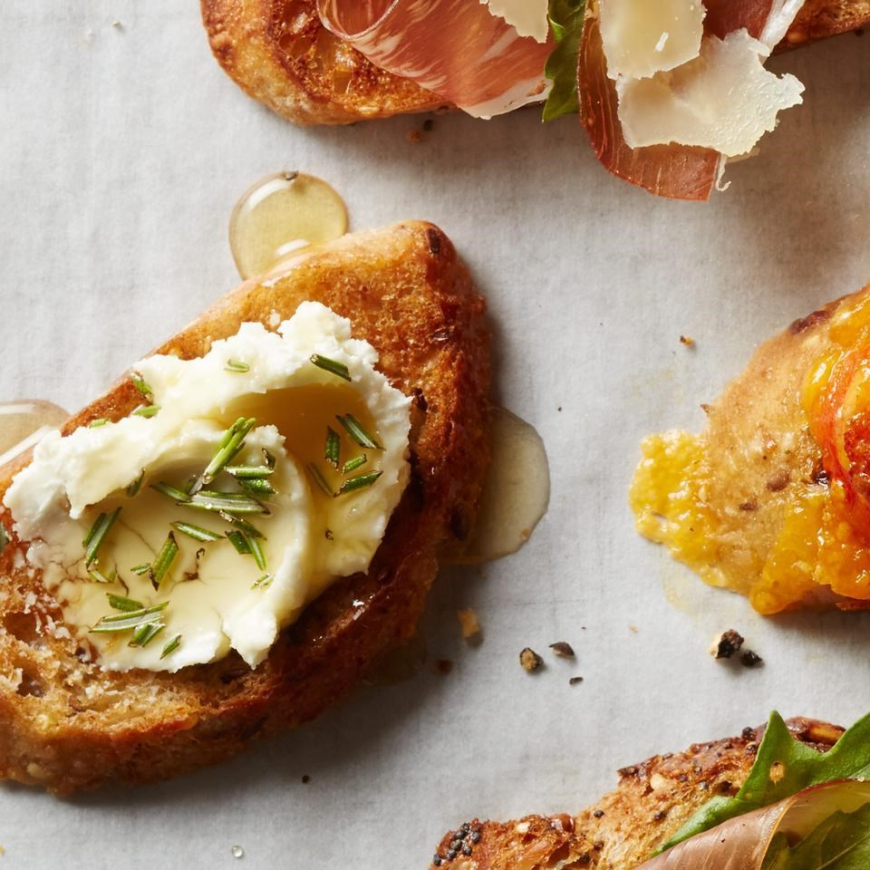 Can't Resist the Dip: Cheese Toasts