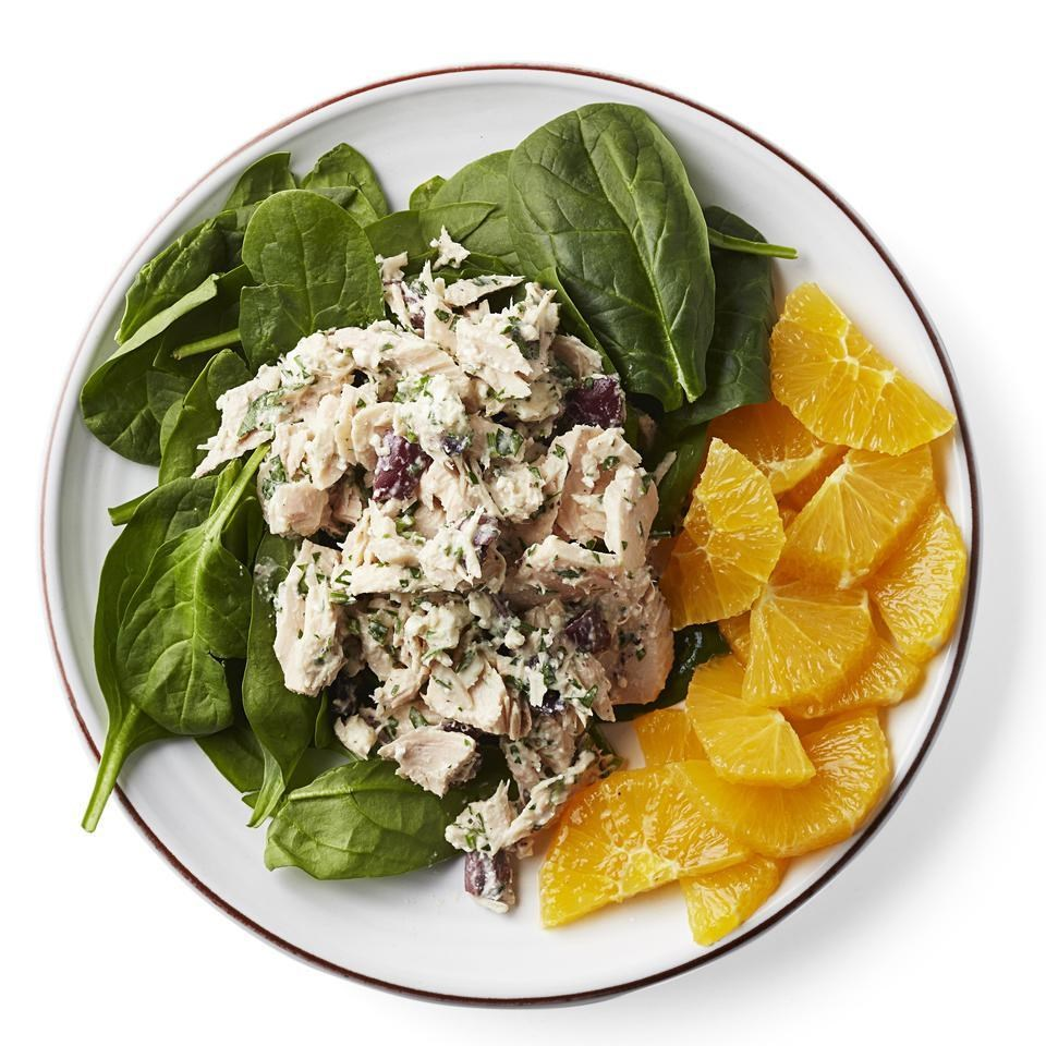 Mediterranean Tuna-Spinach Salad Recipe - EatingWell
