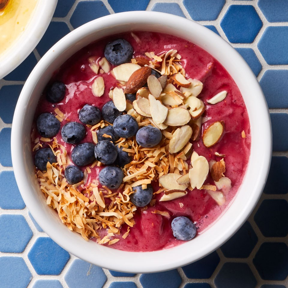 Berry-Almond Smoothie Bowl